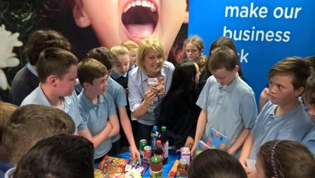 Noeleen Lowry with students re Sugars